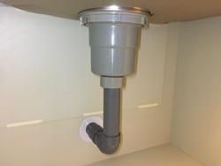 下水管直結型 水漏れするとしたら排水栓との接続部くらい