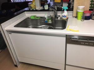 台所にある蛇口の種類や特徴と水漏れ原因とは