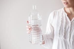 2リットルのペットボトルでトイレつまりを直す方法