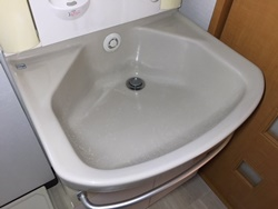 シンクや洗面ボウルからの水漏れ