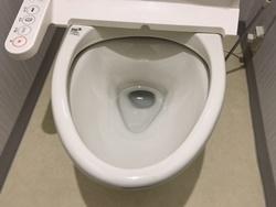 便器内への水漏れ
